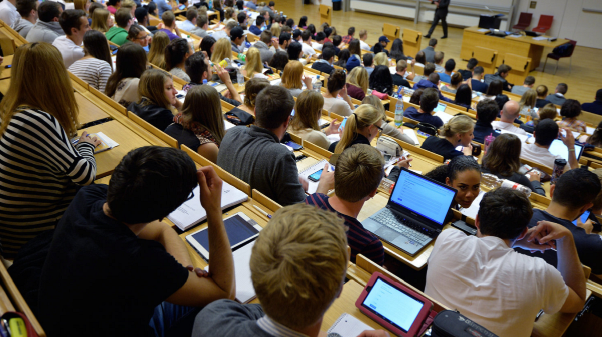 11 Top Trends in Higher Education: 2020/2021 Data, Insights & Predictions