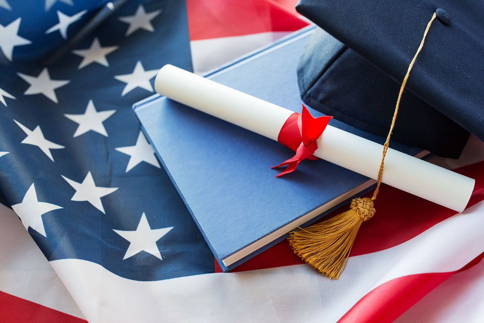 Top 100 Student Scholarships: A Guide to Scholarship Search in the US