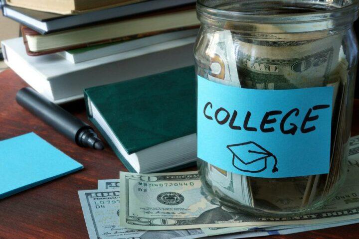 The Average Cost of College in the U.S.: Private vs. Public Tuition