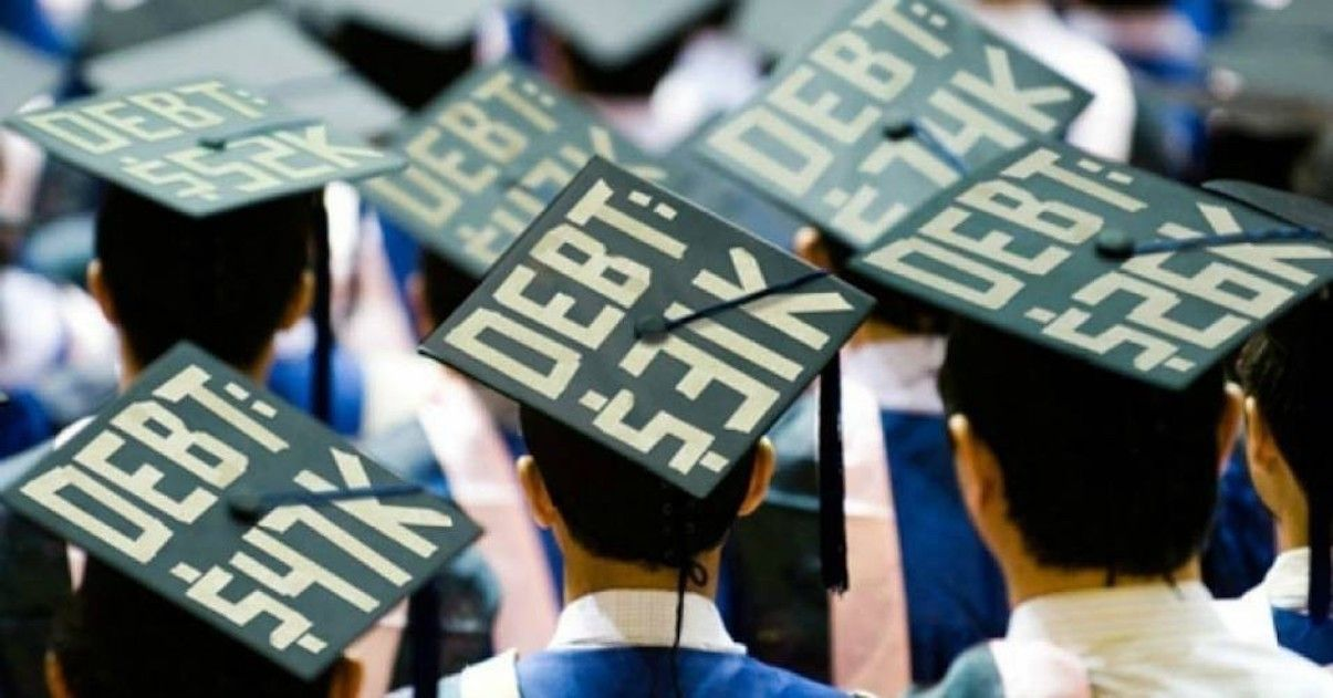 Average Time to Repay Student Loans: 2021 Statistics & Data